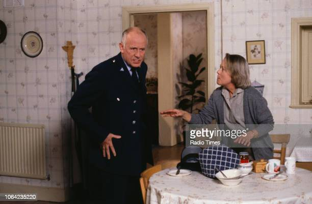 Actors Annette Crosbie and Richard Wilson in a scene from episode 'Alive and Buried' of the BBC Television sitcom 'One Foot in the Grave' October...