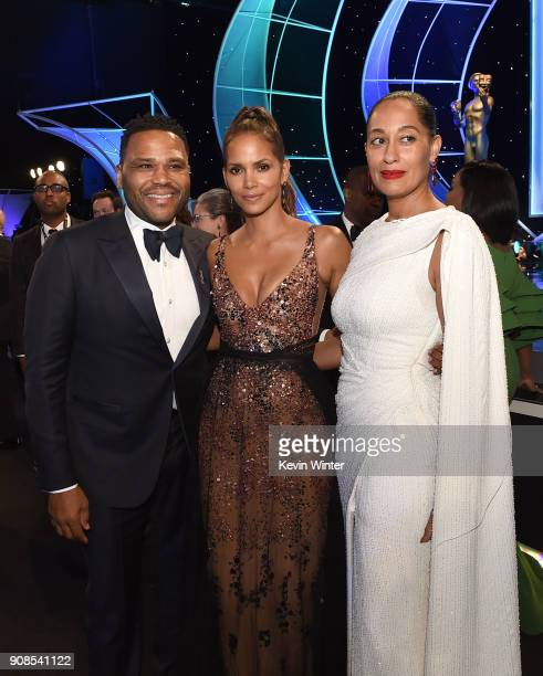 Actors Anthony Anderson Halle Berry and Tracee Ellis Ross attend the 24th Annual Screen Actors Guild Awards at The Shrine Auditorium on January 21...