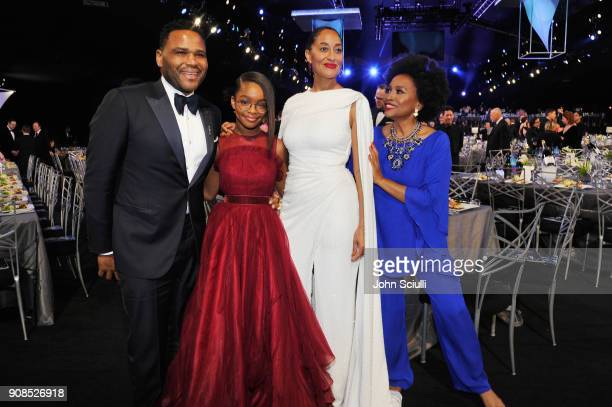 Actors Anthony Anderson Marsai Martin Tracee Ellis Ross and Jenifer Lewis attend the 24th Annual Screen Actors Guild Awards at The Shrine Auditorium...