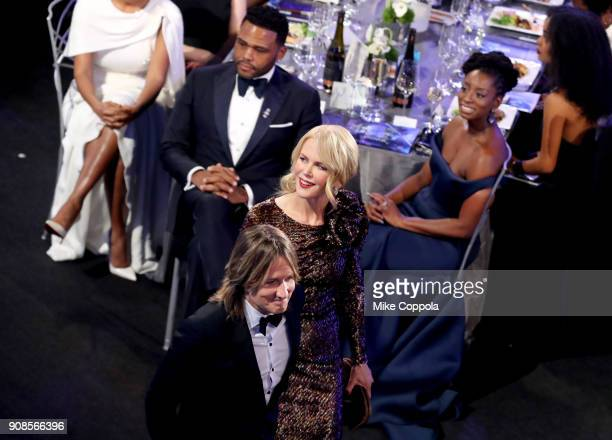 Actors Anthony Anderson Nicole Kidman musician Keith Urban and Alvina Stewart during the 24th Annual Screen Actors Guild Awards at The Shrine...