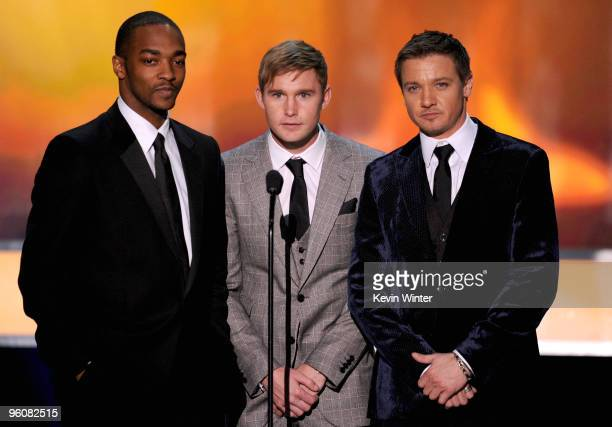 Actors Anthony Mackie Brian Geraghty and Jeremy Renner speak onstage at the 16th Annual Screen Actors Guild Awards held at the Shrine Auditorium on...