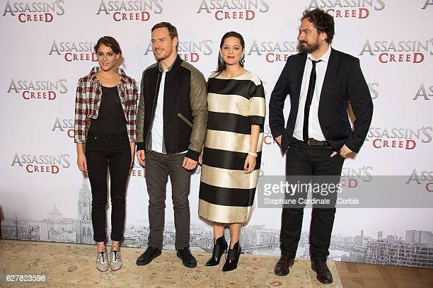 Actors Ariane Labed Michael Fassbender Marion Cotillard and director Justin Kurzel attend the 'Assassin's Creed' Paris Photocall at Hotel Bristol on...