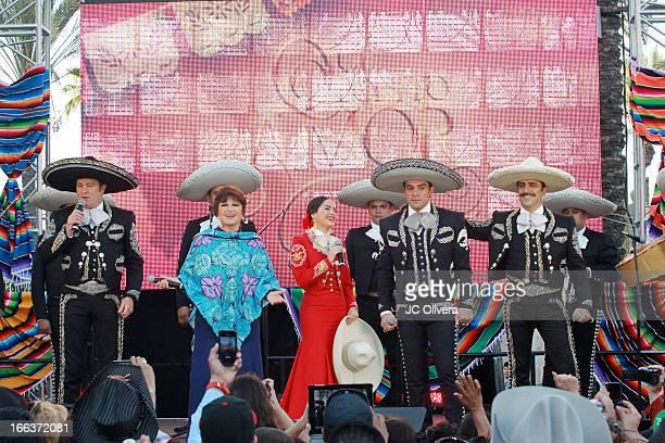 Actors Arturo Peniche Angelica Maria Danna Garcia Jorge Salinas and Rafael Negrete perform on stage during Univision Network's New Novela Que Bonito...