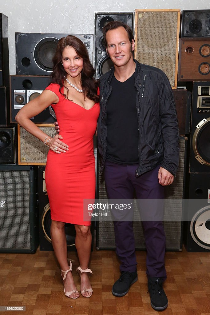 Actors Ashley Judd and Patrick Wilson attend a photocall for 'Big Stone Gap' at Ace Hotel on September 24, 2015 in New York City.