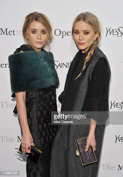 Actors Ashley Olsen and Mary Kate Olsen attend the Metropolitan Opera's gala premiere of Rossini's 'Le Comte Ory' at The Metropolitan Opera House on...