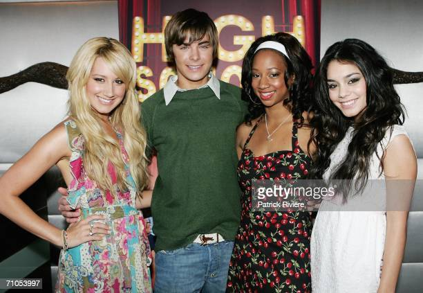 """Actors Ashley Tisdale, Zac Efron, Monique Coleman and Vanessa Anne Hudgens attend a photo call for """"High School Musical"""" at the Quay Restaurant on..."""