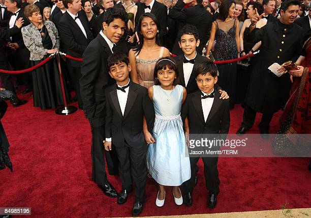 Actors Ashutosh Lobo GajiwalaAzhar Mohammed IsmailTanvi Ganesh LonkarRubina Ali QureshiTanay Hermant Ayush Chheda and Mahesh Khededar of 'Slumdog...