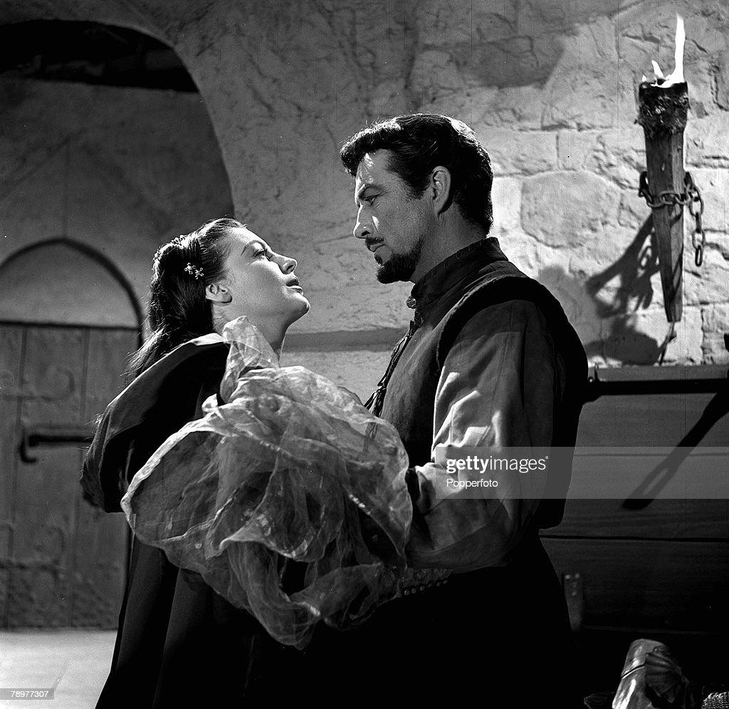 1953 Actors Ava Gardner And Robert Taylor On The Set Of Film Knights