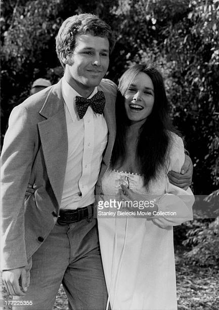 Actors Barbara Hershey and Timothy Bottoms on the set of the movie 'The Crazy World of Julius Vrooder' 1974