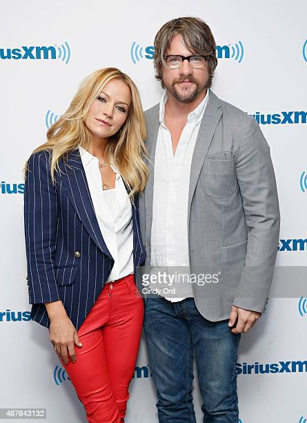Actors Becki Newton and Zachary Knighton visit the SiriusXM Studios on March 26 2015 in New York City