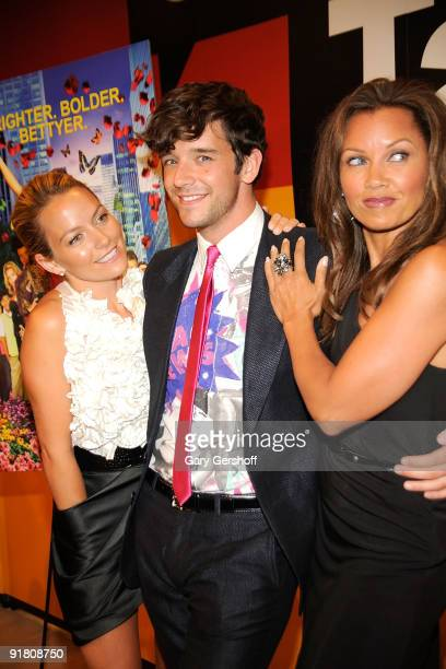 Actors Becki Newton Michael Urie and Vanesa Williams attend Timestalks An Evening With Ugly Betty at TheTimesCenter on October 12 2009 in New York...