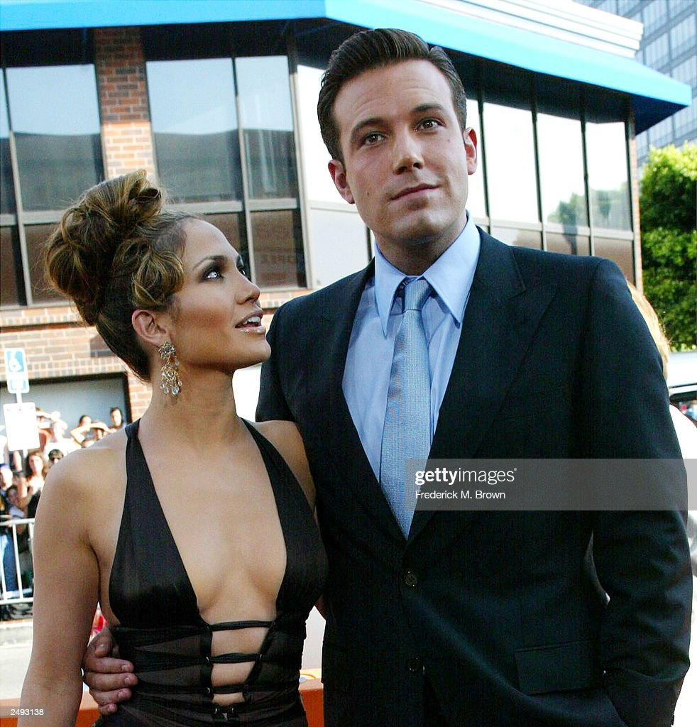 Ben Affleck and Jennifer Lopez split : News Photo