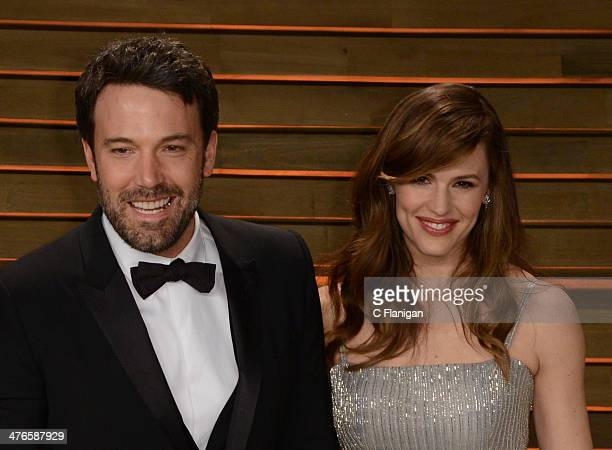 Actors Ben Affleck and wife Jennifer Garner arrive at the 2014 Vanity Fair Oscar Party Hosted By Graydon Carter on March 2 2014 in West Hollywood...