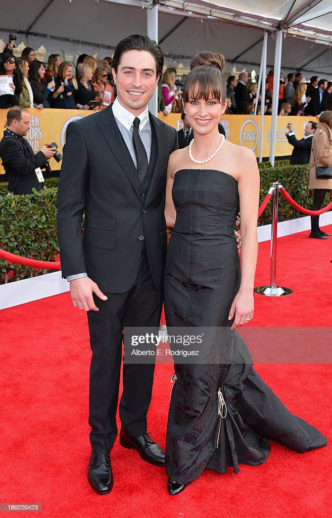 Actors Ben Feldman (L) and Michelle Mulitz arrive at the 19th Annual Screen Actors Guild Awards held at The Shrine Auditorium on January 27, 2013 in Los Angeles, California.