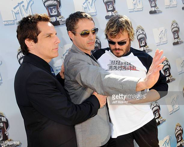 Actors Ben Stiller, Robert Downey Jr. And Jack Black arrive to the 2008 MTV Movie Awards at the Gibson Amphitheatre on June 1, 2008 in Universal...