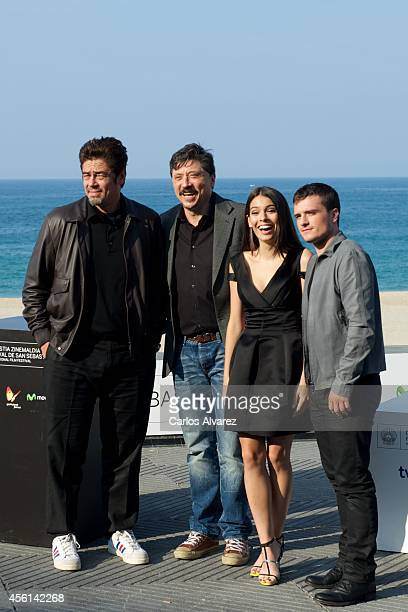 Actors Benicio del Toro Carlos Bardem Claudia Traisac and Josh Hutcherson attend the Escobar Paradise Lost photocall at the Kursaal Palace during the...
