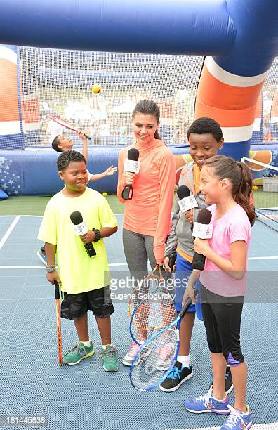 "Actors Benjamin ""Lil PNut"" Flores Jr Amber Montana Curtis Harris and Breanna Yde enjoy the activities at Nickelodeon's 10th Annual Worldwide Day of..."