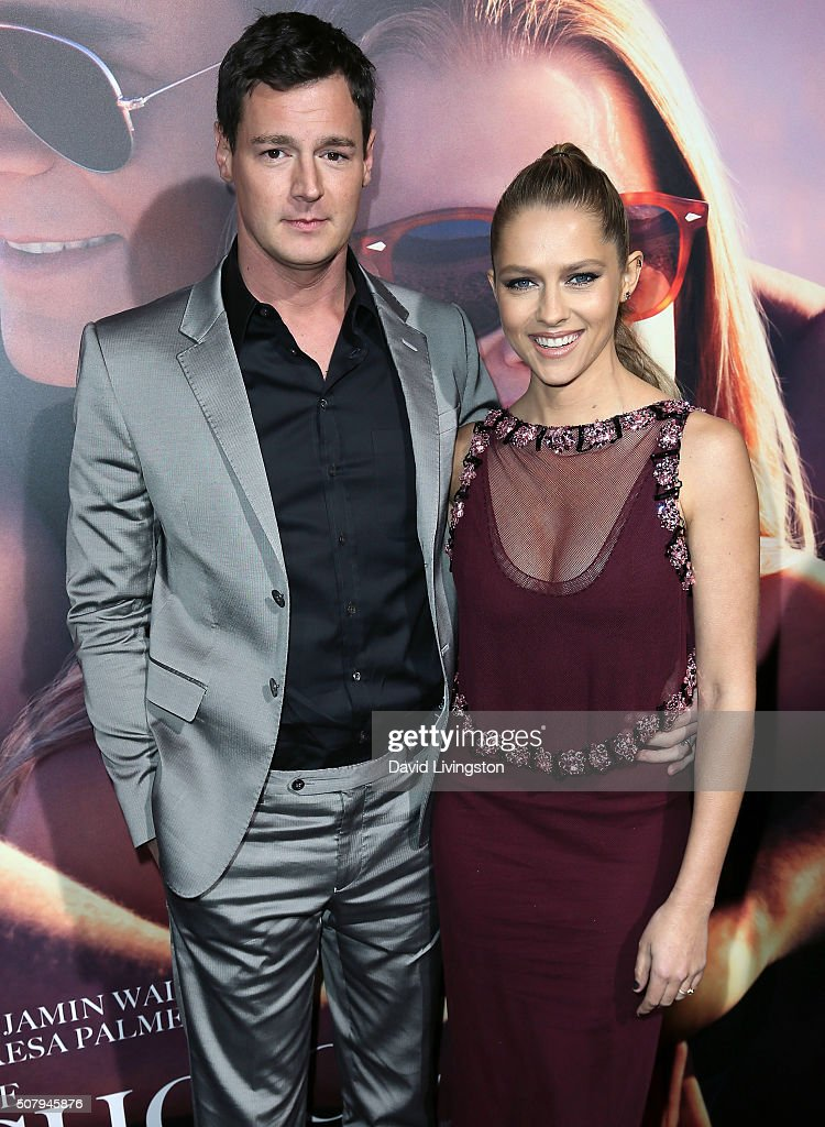 Actors Benjamin Walker (L) and Teresa Palmer attend the premiere of Lionsgate's 'The Choice' at ArcLight Cinemas on February 1, 2016 in Hollywood, California.