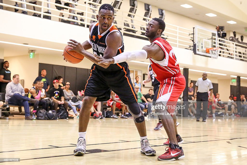 Actors Bill Bellamy (L) and Percy Daggs III attend the E-League celebrity basketball game at Equinox Sports Club West LA on April 6, 2014 in Los Angeles, California.