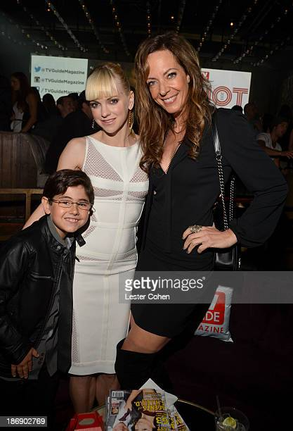 Actors Blake Garrett Rosenthal Anna Faris and Allison Janney attend the TV Guide Magazine's Hot List Party at Emerson Theatre on November 4 2013 in...