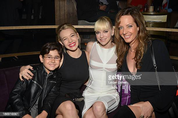 Actors Blake Garrett Rosenthal Sadie Calvano Anna Faris and Allison Janney attend the TV Guide Magazine's Hot List Party at Emerson Theatre on...