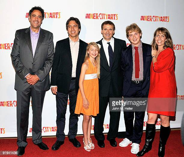 Actors Brad Garrett Ray Romano Lily Rosenthal producer Philip Rosenthal Ben Rosenthal and Monica Horan Rosenthal attend the 2009 20th Anniversary...