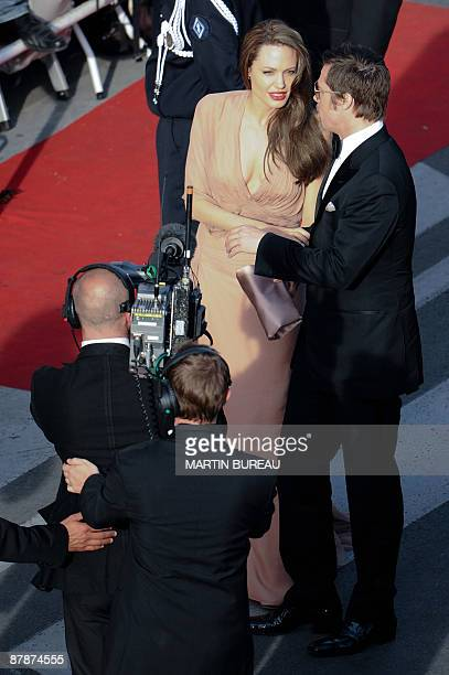 """Actors Brad Pitt and Angelina Jolie arrive for the screening of the movie """"Inglourious Basterds"""" directed by US Quentin Tarantino in competition at..."""