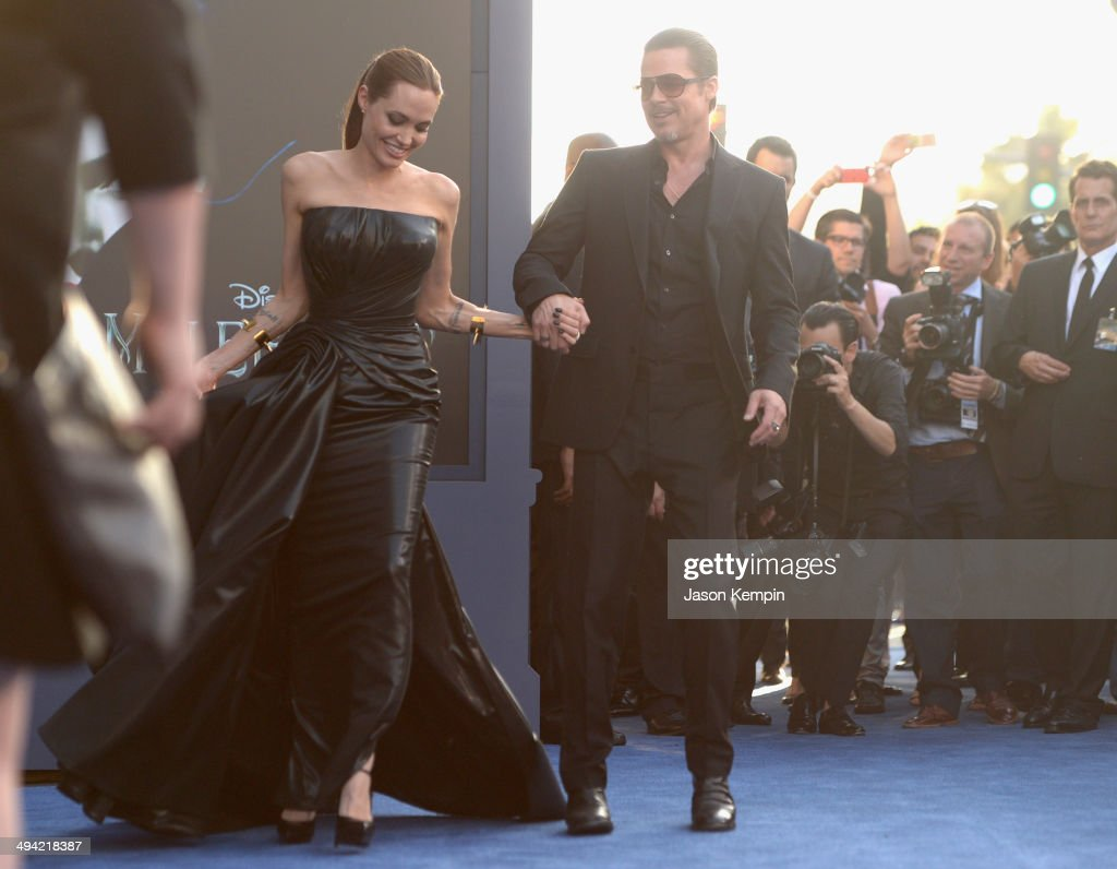 "The World Premiere Of Disney's ""Maleficent"" : News Photo"