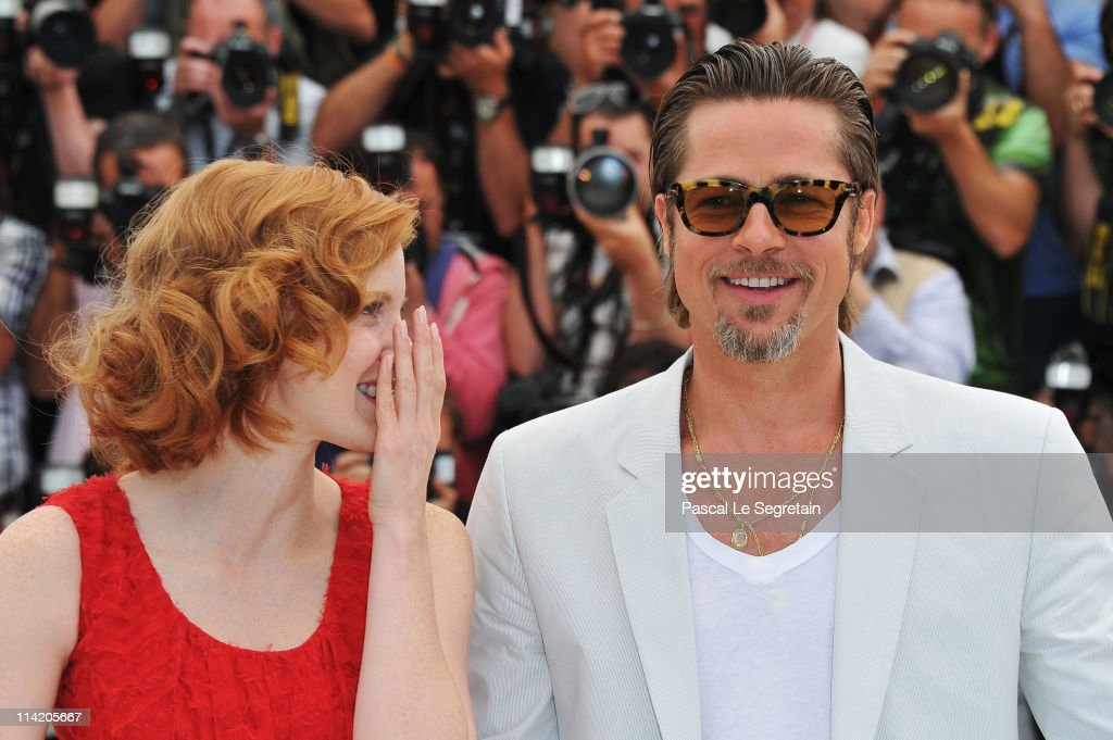 Actors Brad Pitt (R) and Jessica Chastain attend 'The Tree Of Life' photocall during the 64th Annual Cannes Film Festival at Palais des Festivals on May 16, 2011 in Cannes, France.
