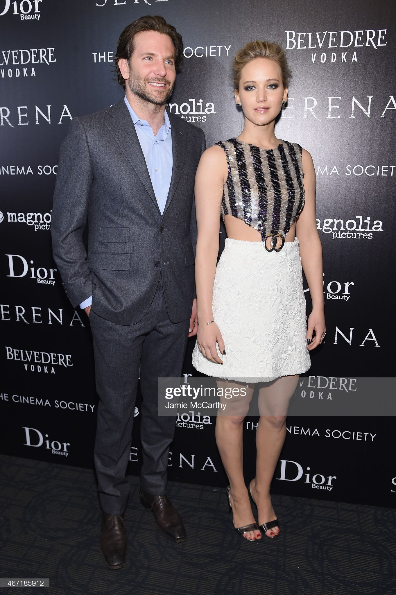¿Cuánto mide Jennifer Lawrence? - Altura - Real height Actors-bradley-cooper-and-jennifer-lawrence-attend-a-screening-of-picture-id467185912?s=2048x2048
