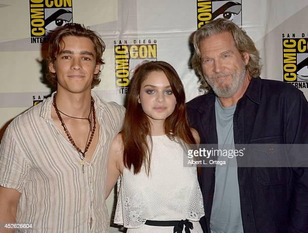 Actors Brenton Thwaites Odeya Rush and Jeff Bridges attend the The Giver presentation during ComicCon International 2014 at the San Diego Convention...
