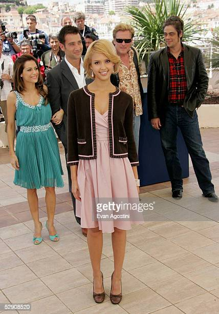 Actors Brittany Murphy Clive Owen Jessica Alba Michael Madsen and Benicio Del Toro attend a photocall promoting the film Sin City at the Palais...