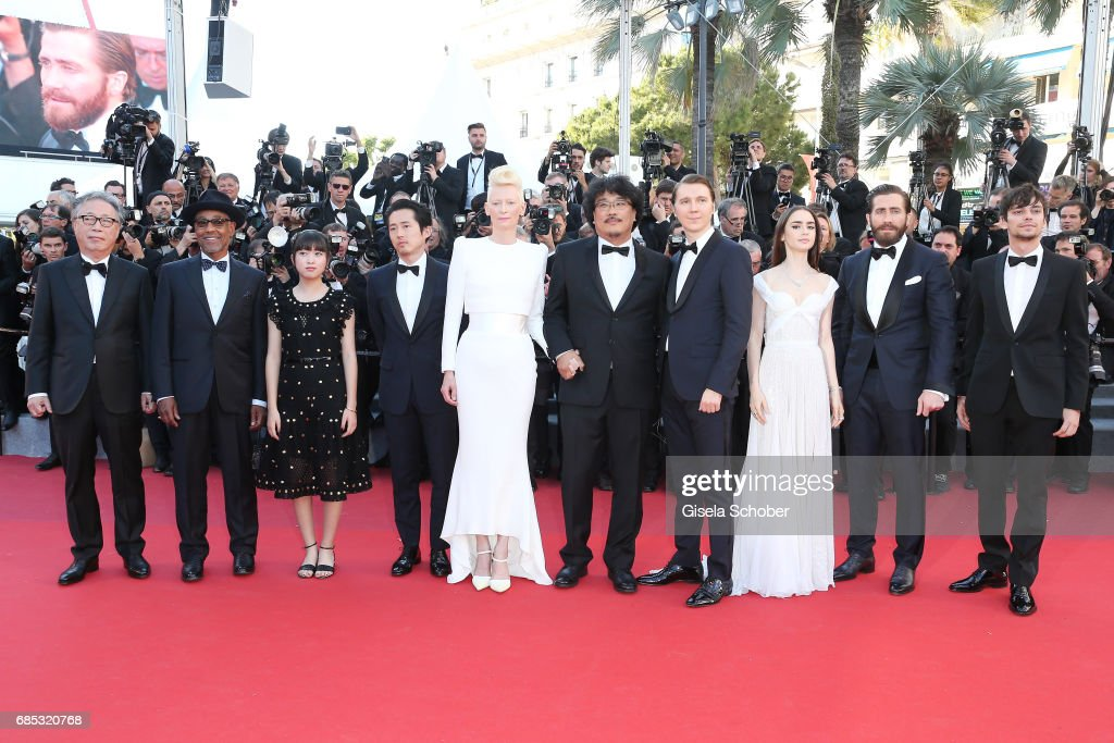 """Okja"" Red Carpet Arrivals - The 70th Annual Cannes Film Festival : Foto jornalística"