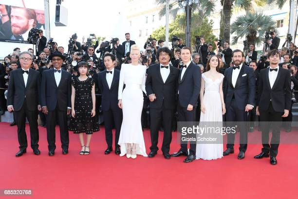 Actors Byung Heebong Giancarlo Esposito Ahn SeoHyun Steven Yeun and Tilda Swinton director Bong JoonHo and actors Paul Dano Lily Collins Jake...