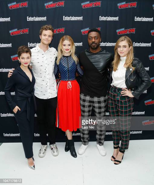 Actors Cailee Spaeny Jack Quaid Virginia Gardner David Ajala and Melissa Roxburgh participate in Entertainment Weekly's Breaking Big panel at New...