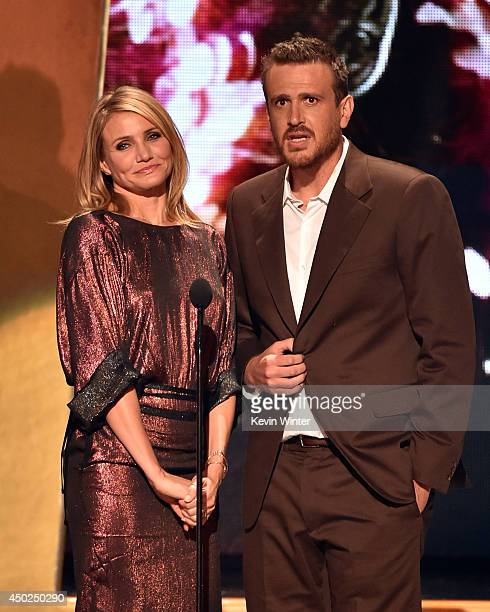 Actors Cameron Diaz and Jason Segel speak onstage during Spike TV's 'Guys Choice 2014' at Sony Pictures Studios on June 7 2014 in Culver City...