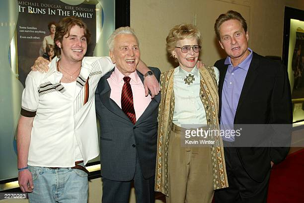 Actors Cameron Douglas Kirk Douglas Diana Douglas and Michael Douglas pose at the premiere of It Runs In The Family at the Bruin Theater on April 7...