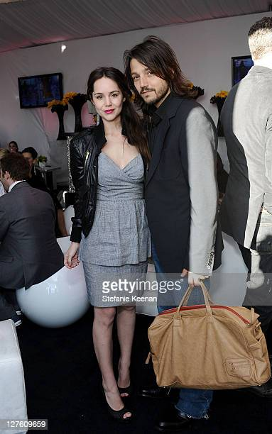 Actors Camila Sodi and Diego Luna pose in the ELLE green room during the 2011 Film Independent Spirit Awards at Santa Monica Beach on February 26...