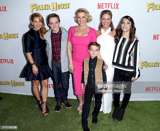 Actors Candace CameronBure Michael Campion Jodie Sweetin Elias Harger Andrea Barber and Soni Bringas attend the premiere of Netflix's 'Fuller House'...
