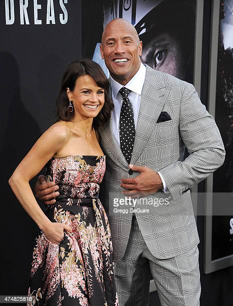"Actors Carla Gugino and Dwayne Johnson arrive at the Los Angeles premiere of ""San Andreas"" at TCL Chinese Theatre IMAX on May 26, 2015 in Hollywood,..."