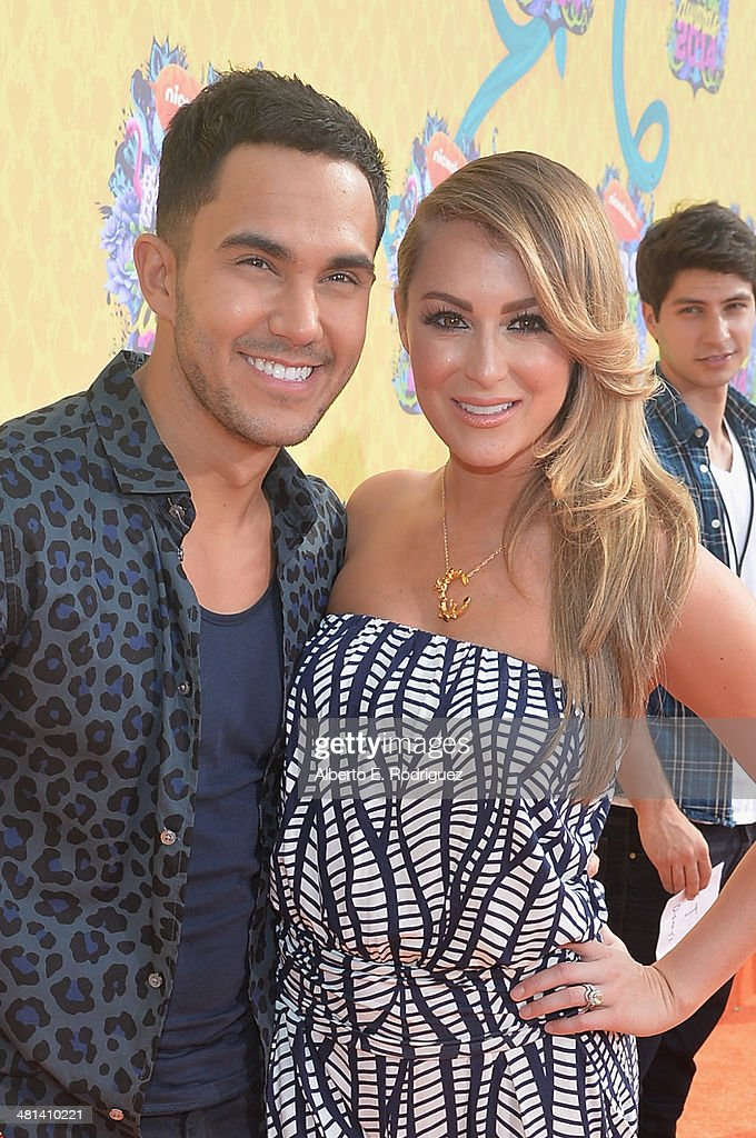 Actors Carlos Pena Jr. (L) and Alexa PenaVega attend Nickelodeon's 27th Annual Kids' Choice Awards held at USC Galen Center on March 29, 2014 in Los Angeles, California.