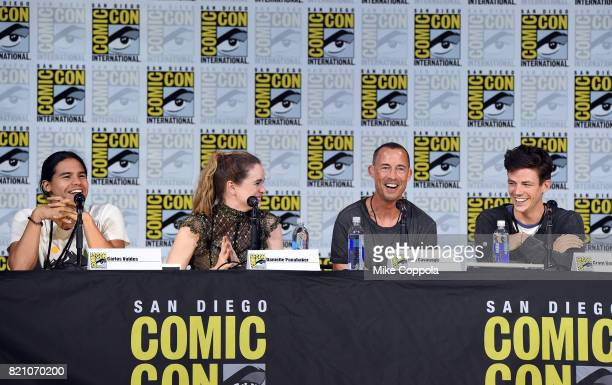 Actors Carlos Valdes Danielle Panabaker Tom Cavanagh and Grant Gustin attend the The Flash Video Presentation And QA during ComicCon International...