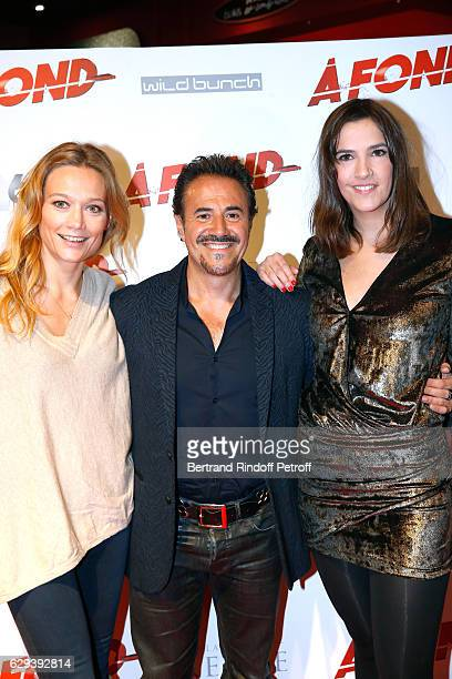 Actors Caroline Vigneaux Jose Garcia and Charlotte Gabris attend the A Fond Paris Premiere at Cinema Gaumont Capucine on December 12 2016 in Paris...