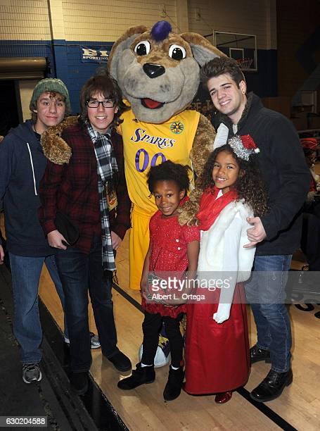 Actors Carsen Warner Zachary Haven Brandon Tyler Russell Destiny Toliver and Kaya Rose Davis pose with Sparky from LA Sparks at the 35th Annual...