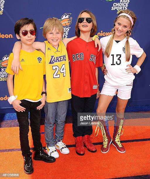 Actors Casey Simpson Aidan Gallagher Lizzy Greene and Mace Coronel attend the Nickelodeon Kids' Choice Sports Awards at UCLA's Pauley Pavilion on...