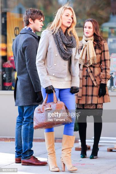 Actors Chace Crawford Blake Lively and Leighton Meester film scene on location on the Gossip Girl film set in Midtown Manhattan on November 18 2009...