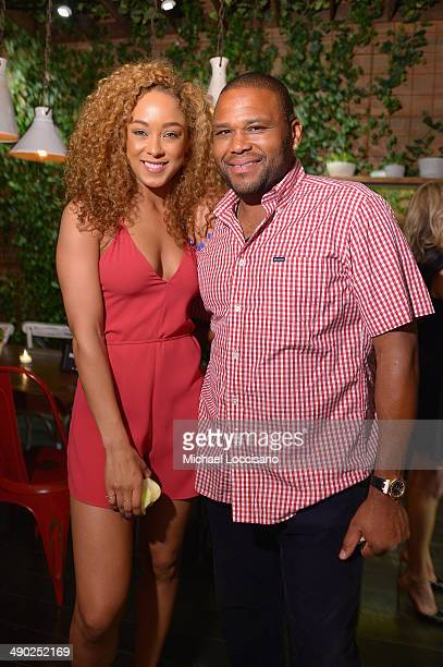 Actors Chaley Rose and Anthony Anderson attend the Entertainment Weekly ABC Upfronts Party at Toro on May 13 2014 in New York City