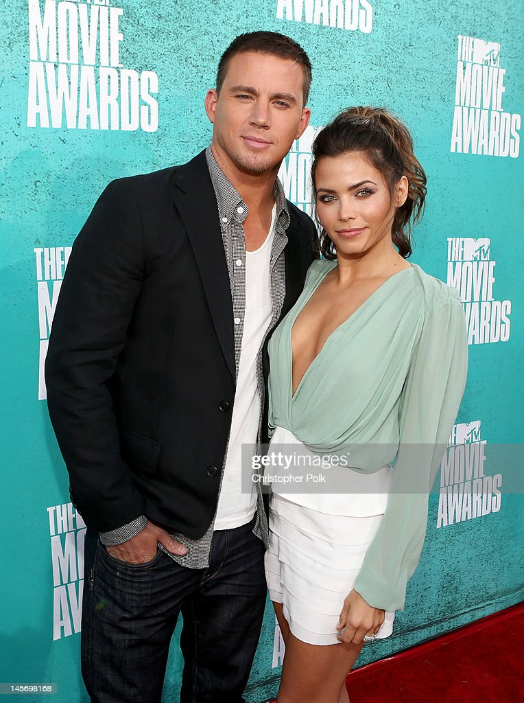 Actors Channing Tatum (L) and Jenna Dewan-Tatum arrive at the 2012 MTV Movie Awards held at Gibson Amphitheatre on June 3, 2012 in Universal City, California.