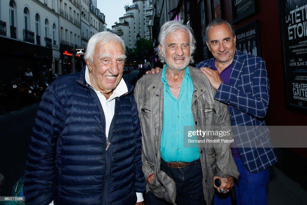 """""""La Tete Dans Les Etoiles"""" Theater Play In Paris"""