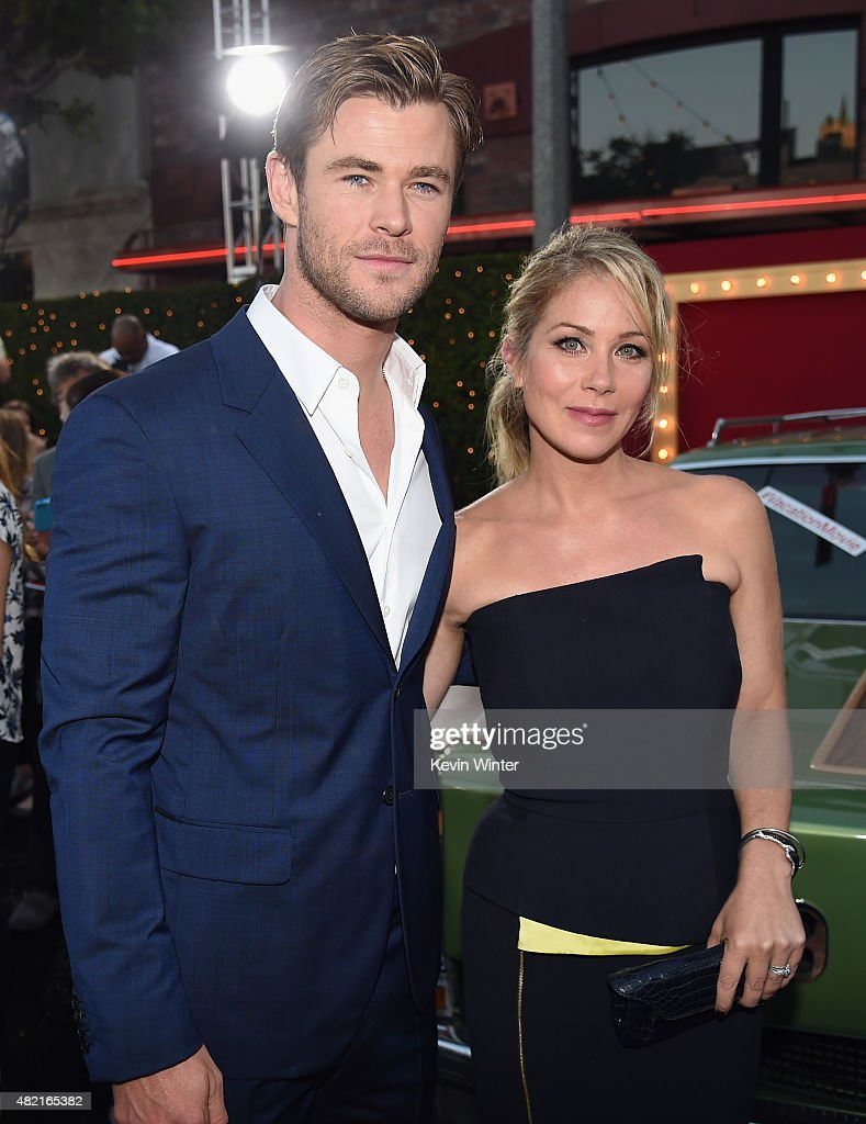 Actors Chris Hemsworth and Christina Applegate attend the premiere of Warner Bros. Pictures 'Vacation' at Regency Village Theatre on July 27, 2015 in Westwood, California.